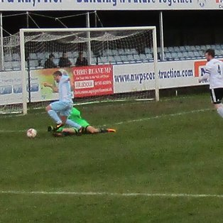 Flint narrowly lose out again to Rhyl
