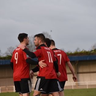 R's See Off Worthing