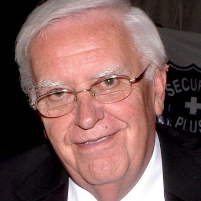 Past President Mr Derek Gee