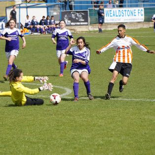 Ashford Ladies Book Semi Final Place