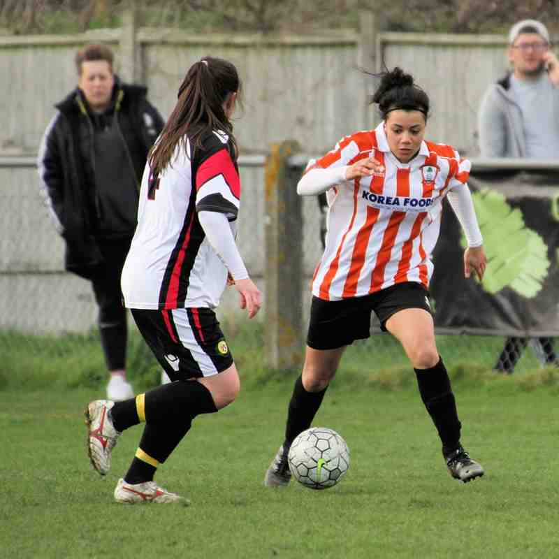 Ashford Ladies v Godalming Town