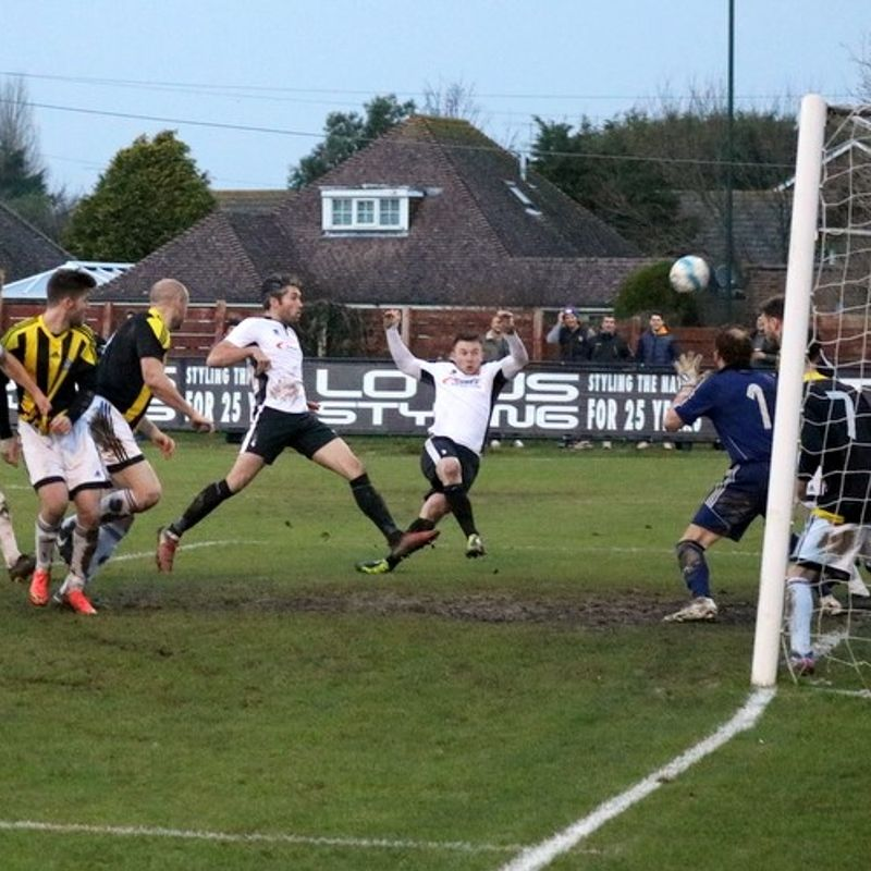 Pagham hit five again and beat Loxwood in the process!