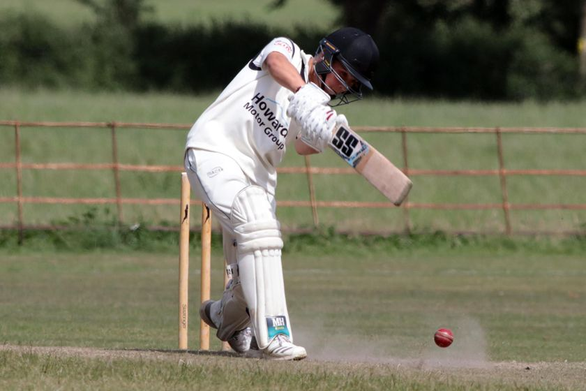Leaman stars as Third XI battle to Midsomer victory