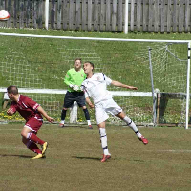 Cinderford Town V Paulton Rovers 21-4-2012