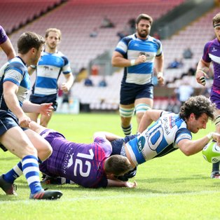 Warren Seals Opening Win For Mowden