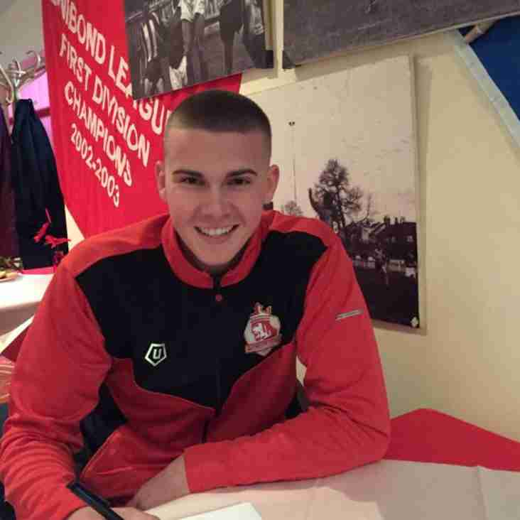 Player of the Year Commits to Alfreton