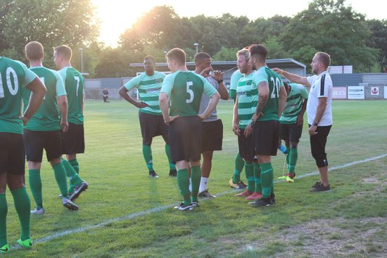 Welling Town 2-3 Cray Wanderers on 16/07/2018