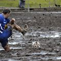 Share of points in the mud!