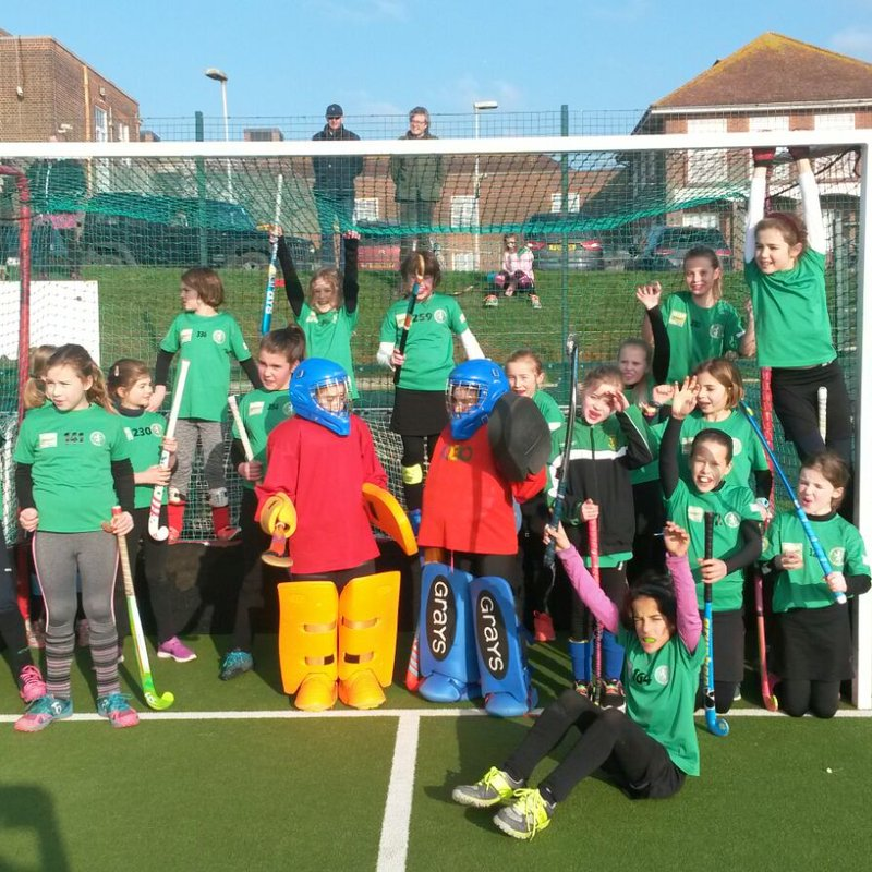 Under 10s boys' and girls' teams win gold and silver medals in Brighton tournament