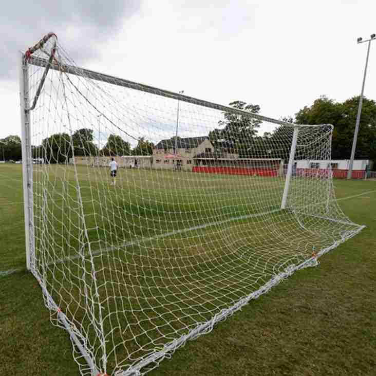 Highworth duo put pen to paper