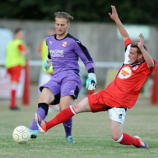 Reds revel in home victory