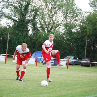 10 men Fairford fall to high flying Hooky