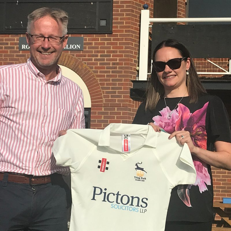 Pictons Solicitors Sponsor Women and Girls' Cricket