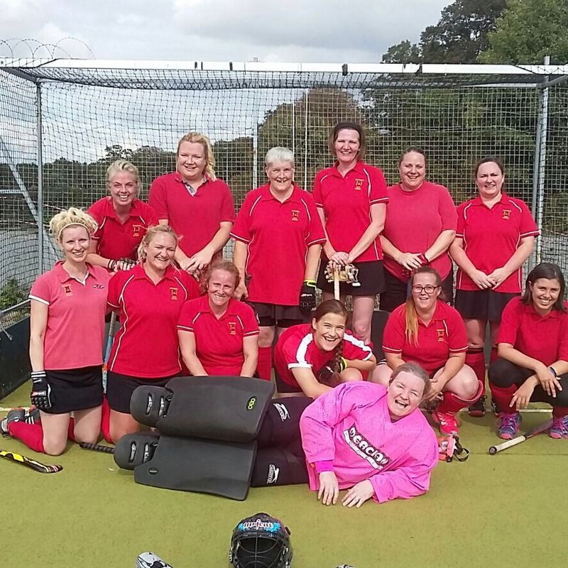 Ladies 2nd XI lose to Old Bordenians 2 7 - 1