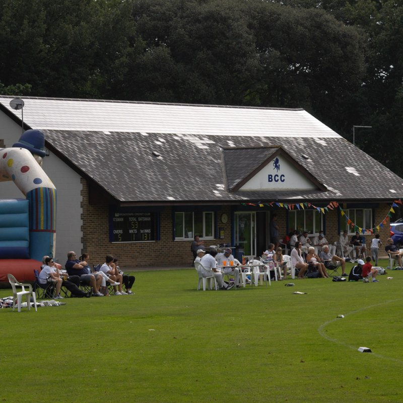 Photos from 2017 Big Bash on the Broadstairs CC website