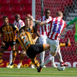 Hull City vs Stoke City Match Report