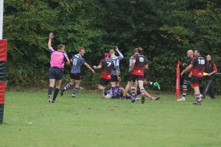 Anchs battle to hard fought win at Vigo