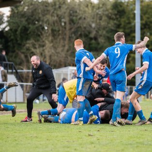 Late winner strengthens Saltdean promotion push