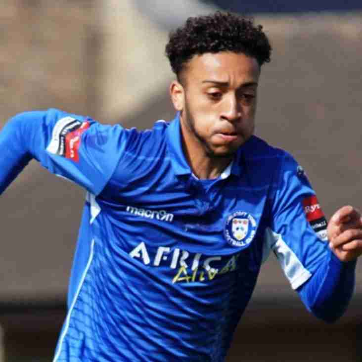 Lowestoft complete double loan signings