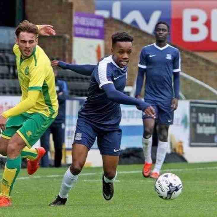 Trawlerboys sign Southend midfielder on loan
