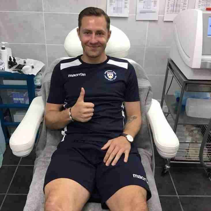 Lowestoft Town links up with Skin Therapy Clinic