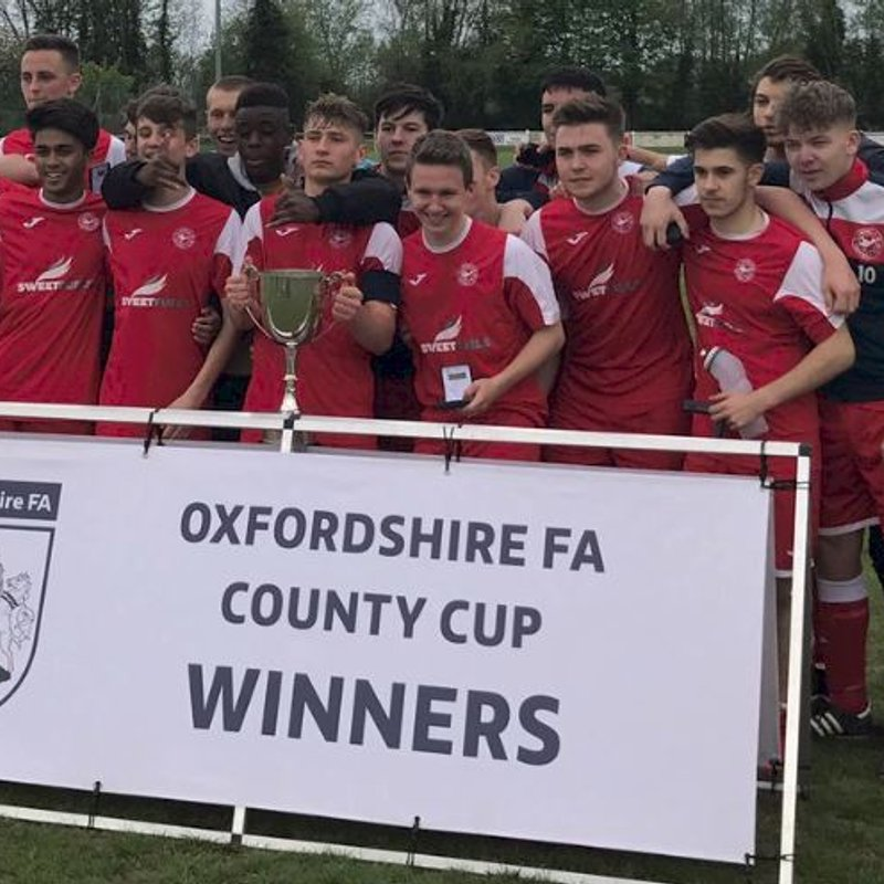 Clanfield U18 Squad win the County Cup 30 April 2017
