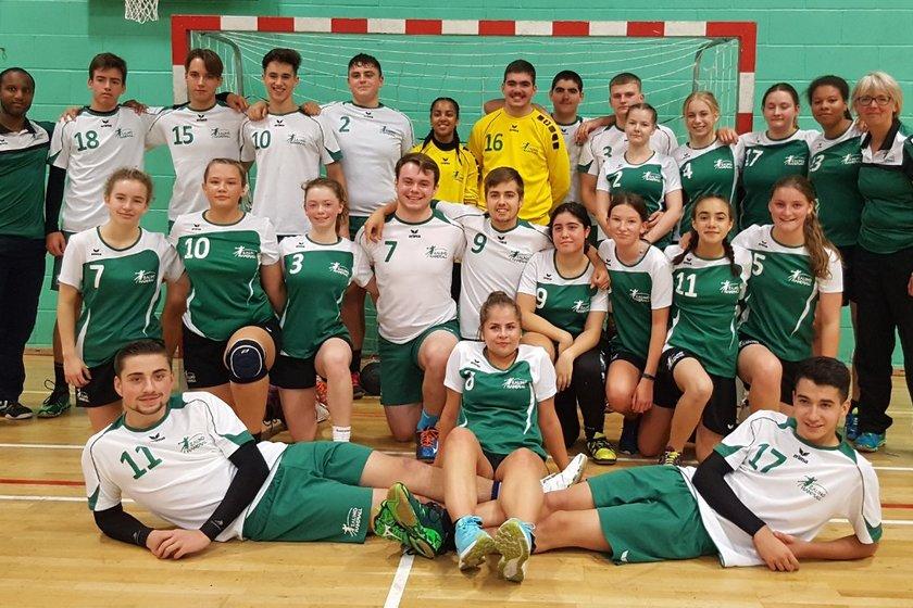 U16 Girls beat Chelsea HC 32 - 4