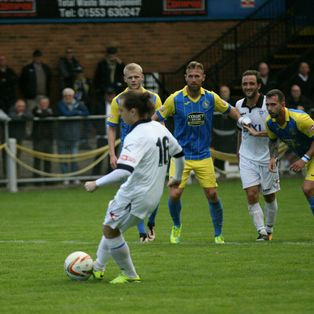 Defeat for Town as Kings Lynn go Top