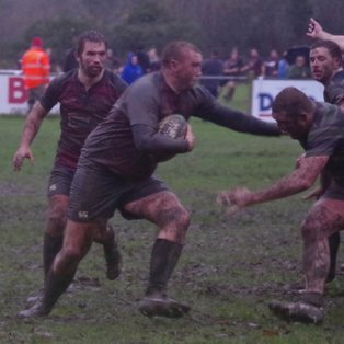 Aylesbury pack more punch for unbeaten Reading Abbey
