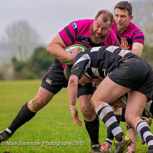 Bonus point win helps Ay's close in on the play-off spot