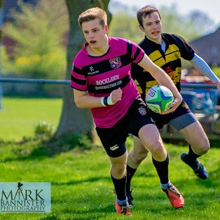 Ay's overcome Wallingford to secure play-off spot