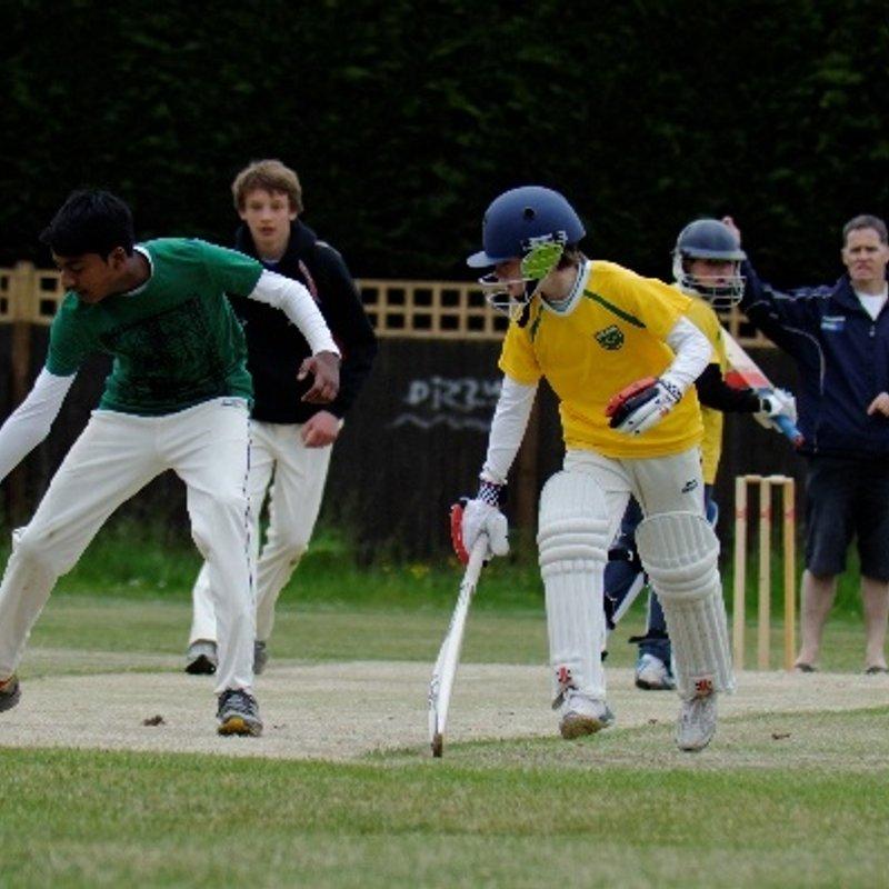 Twickenham 118/8 - 158/4 Hampton Wick Royal Cricket Club