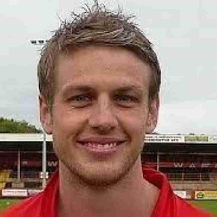 New Signing - Gareth Arnison.