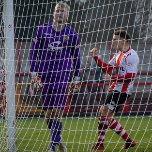 Albion edged out by Town following last-gasp goal