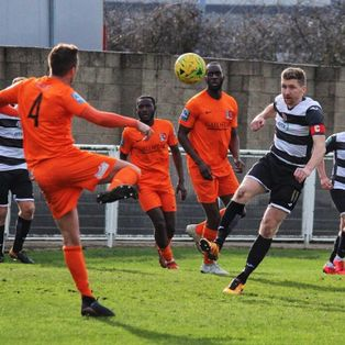 Dockers Lose Out to Late Winner
