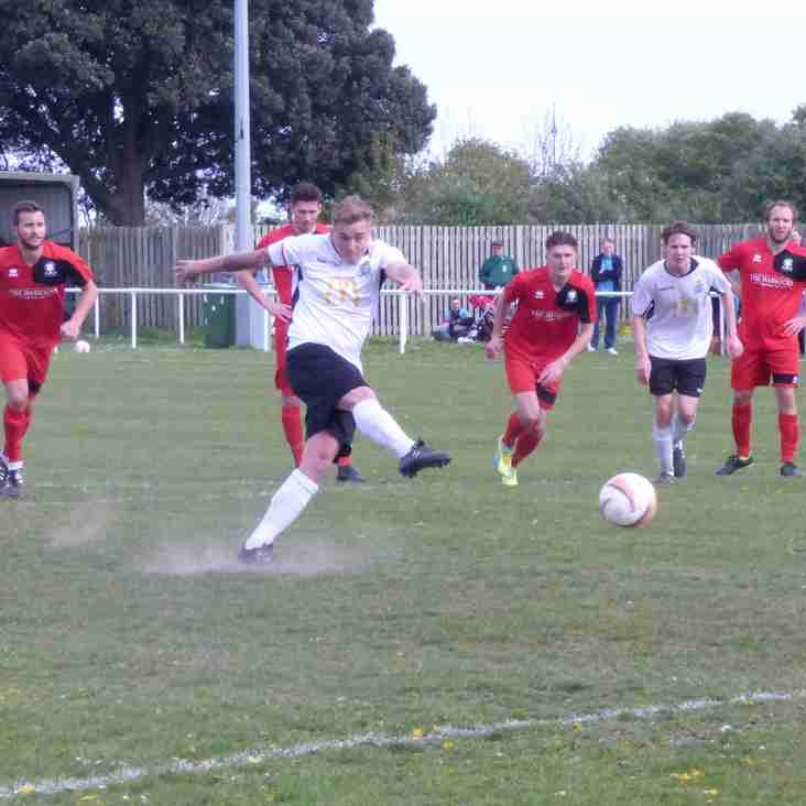 United Fall to Late Defeat Against Hassocks