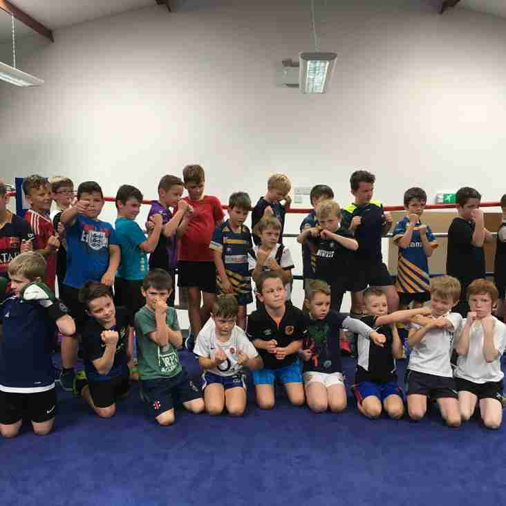 The Under 9's and 10's enjoyed a boxing session