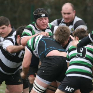 Leaders Tottonians too much for gritty Farnham