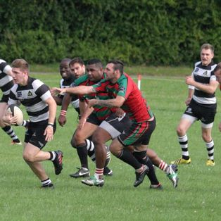 Fifty minute shift see Farnham cruise to a win