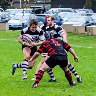 Farnham suffer last kick defeat