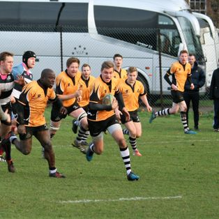 New Year but same old story as Farnham suffer a narrow loss in the last minute.
