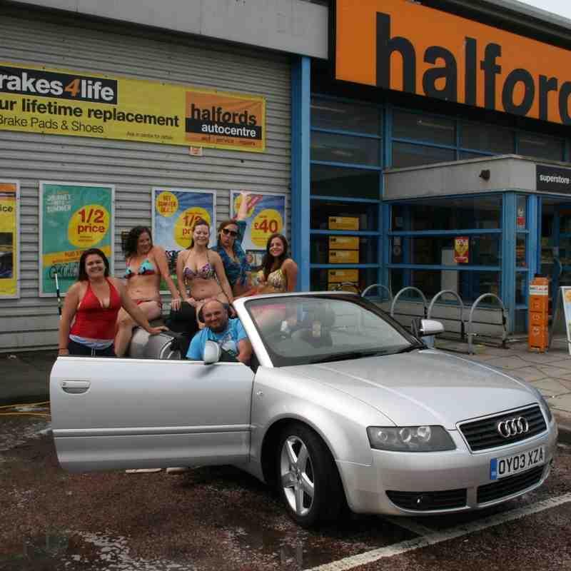 Seaford Ladies Bikini Car Wash 01-08-2015