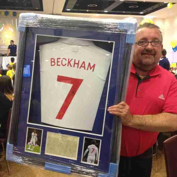 Simon Splashes out on Beckham Shirt