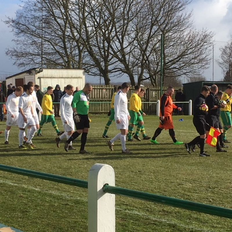 Holwell win plaudits but fail to see out match from winning position!