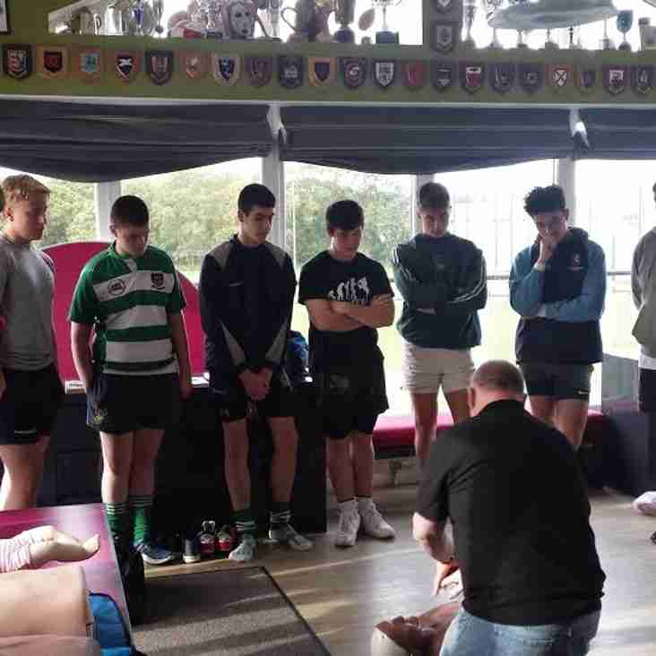 U17's 1st Aid Session with Phil Scott