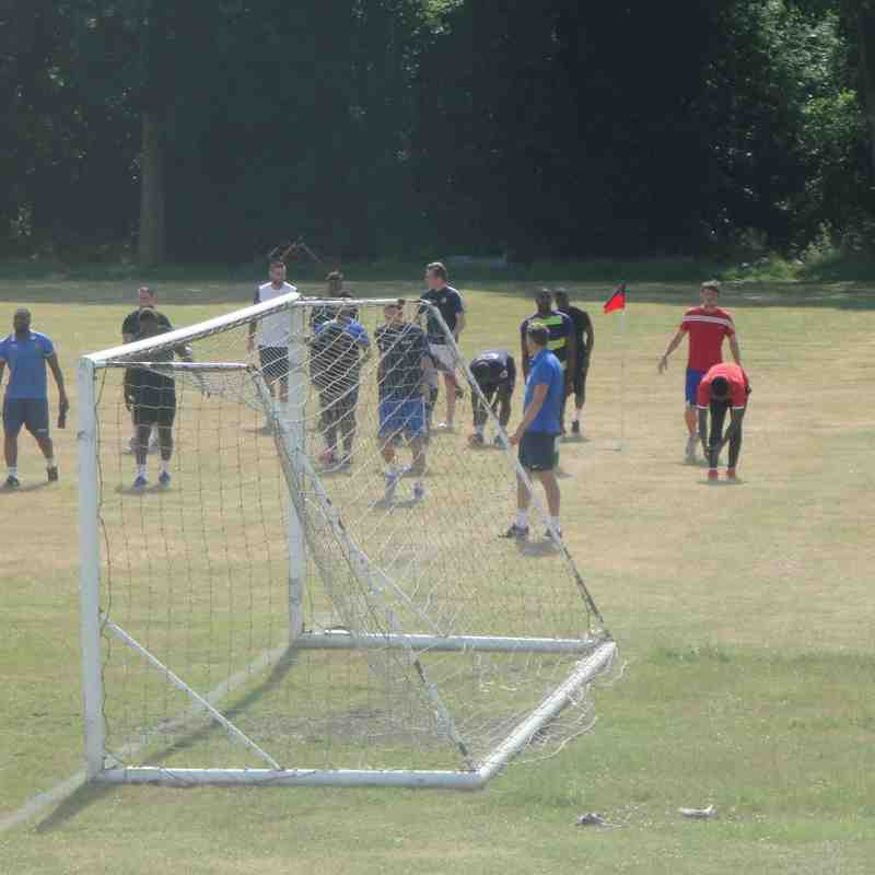 Pre-Season Training Session At The Loughton Academy - 4th July 2015