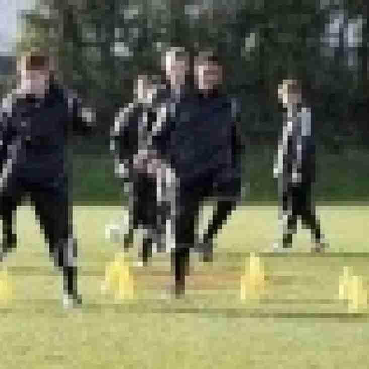 Woodley United return to pre-season training