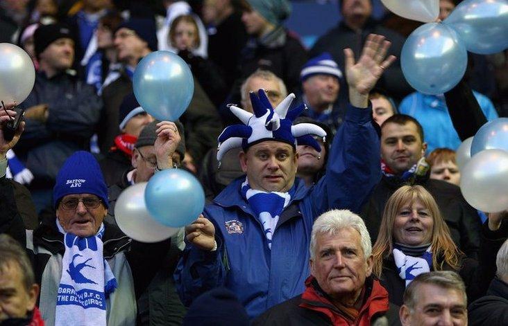 Bluebirds supporters