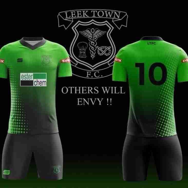 Fan designs new away kit