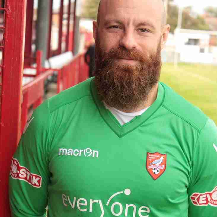 Bearded keeper facing charity chop!